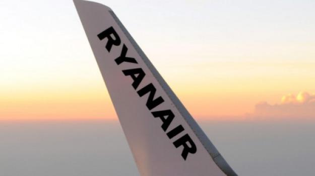 lavoro palermo, lavoro Ryanair, lavoro sicilia, Palermo, Economia