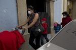 Eruzione del vulcano Fuego in Guatemala: evacuati i residenti