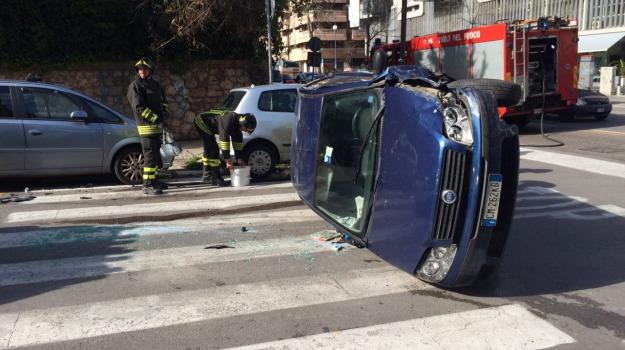 auto, Incidenti, Palermo, Cronaca