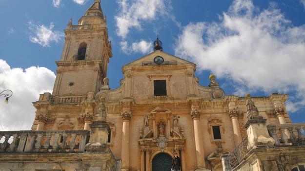 chiese, turismo, Ragusa, Economia