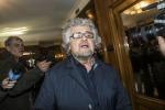 """Grillo carica i suoi: """"State facendo la storia"""", fissati flash mob a Siena e Val di Susa"""