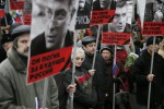 Nemtsov, ecco il video dell'agguato In migliaia in piazza a Mosca