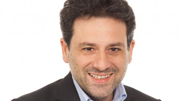Roberto Helg, Palermo, Cronaca