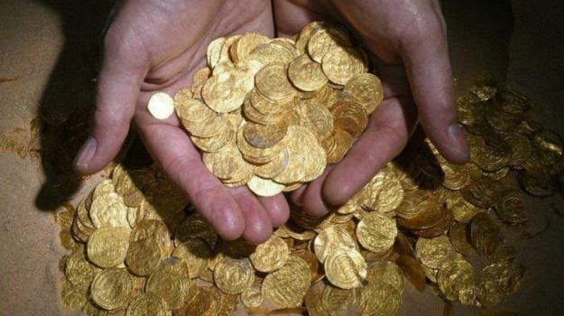 ceramiche, dipinti, ebay, gioielli, iraq, Isis, monete, Siria, Sicilia, Mondo