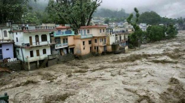 allarme, india, Kashmir, Maltempo, piogge, vittime, Sicilia, Mondo