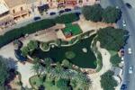 Un laghetto a forma di... Sicilia: tutti i segreti di Villa Niscemi a Palermo