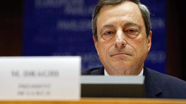 Bce, contrattazione collettiva, licenziamenti, Mario Draghi, Sicilia, Economia