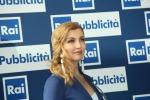 """Milly Carlucci si sfoga sul web dopo la morte della madre: """"Sono devastata dal dolore"""" - Foto"""