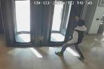 Rapina in banca a Palermo, arrestato 31enne: il video del colpo