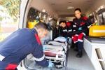 Giarre, muore dopo un malore: i parenti danneggiano l'ambulanza