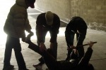 Due migranti picchiati con le mazze da baseball: ronda razzista a Brindisi