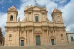 Turismo, tour di crocieristi a Noto, Nicolosi e Piazza Armerina