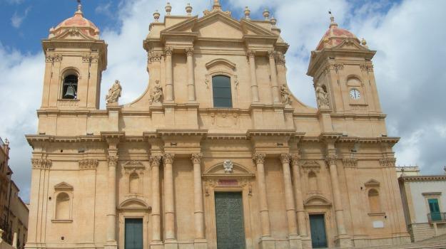 cattedrale noto, Sergio Mattarella, Siracusa, Cultura