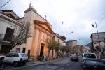 Nuovo sfregio alla chiesa di don Pino Furto nella notte: sparito il Crocifisso