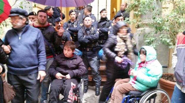 assistenza, disabili, Palermo, Palermo, Cronaca