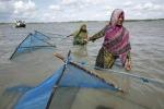 """L'appello in rosa contro i cambiamenti climatici: """"Portano la fame"""""""