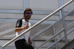 Superate anche le ultime visite, Alonso in pista a Sepang