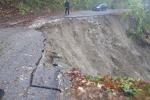 Frana a Eraclea Minoa, danni a tre villette: famiglie evacuate