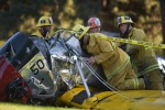 Paura per l'attore Harrison Ford: precipita con un aereo d'epoca, gravemente ferito