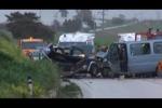 Scontro tra un pullman e un'auto a Licata: morti due giovani - Video