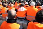 I lavoratori ex «Sai 8» e «Sogeas»: «Siamo stati dimenticati da tutti»
