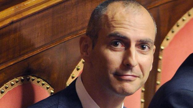 ex M5s, governo, maggironaza, Senato, Sicilia, Politica