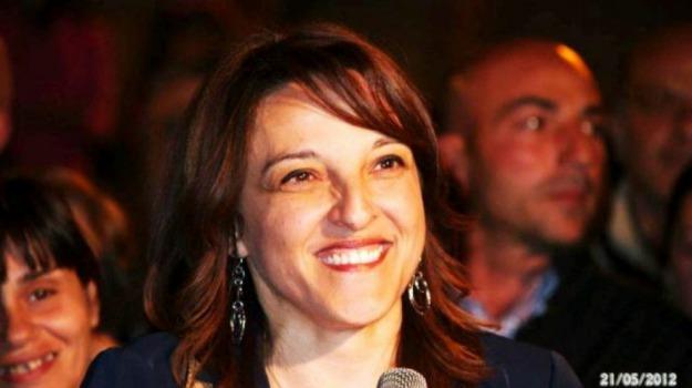 Barcellona Pozzo di Gotto, messina, sfiducia, sindaco, Maria Teresa Collica, Sicilia, Messina, Cronaca