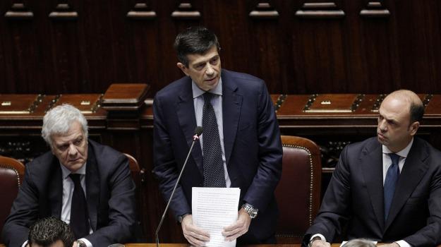 bufera, DIMISSIONI, parlamento, tangenti, Maurizio Lupi, Sicilia, Politica