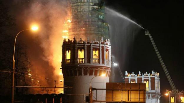 fuoco, incendio, monastero, Mosca, patrimonio, Russia, unesco, Sicilia, Mondo