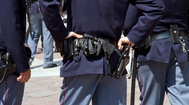lavavetri, poliziotti, protesta, Catania, Cronaca