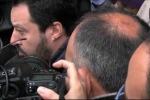 """Salvini a Mineo: """"Il Cara è nato per emergenza, adesso basta"""" - Video"""