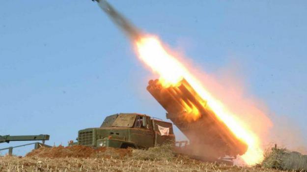 7 missili, corea del nord, giappone, risposta esercitazioni, Sicilia, Mondo