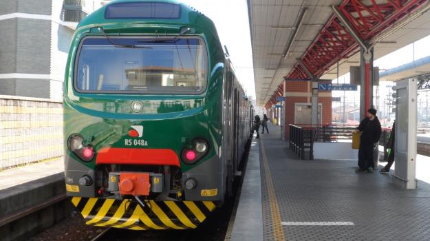 cantieri, circolazione ferroviaria, Rfi, Sicilia, Cronaca