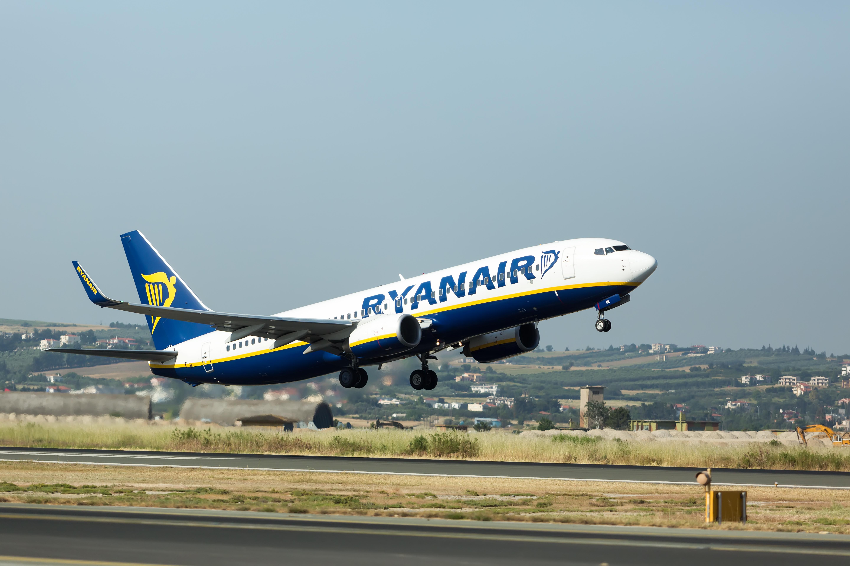 Voli ryanair cancellati adiconsum in sicilia pronti per for Cambio orario volo da parte della compagnia
