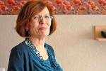 """Dopo 13 figli, a 65 anni resta incinta di 4 gemelli: la storia della """"mamma dei record"""""""