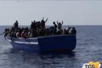 Canale di Sicilia, soccorsi quasi mille profughi
