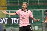 Il centrocampista del Palermo Luca Rigoni