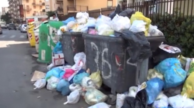 rifiuti, Messina, Cronaca