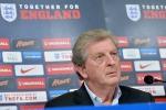 """Dopo l'amichevole, l'inglese Hodgson: """"Nella ripresa, noi superiori all'Italia"""" - Video"""