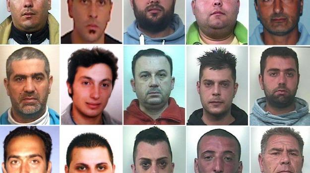 Blitz, droga, estorsioni, mafia, Catania, Cronaca, Mafia e Mafie
