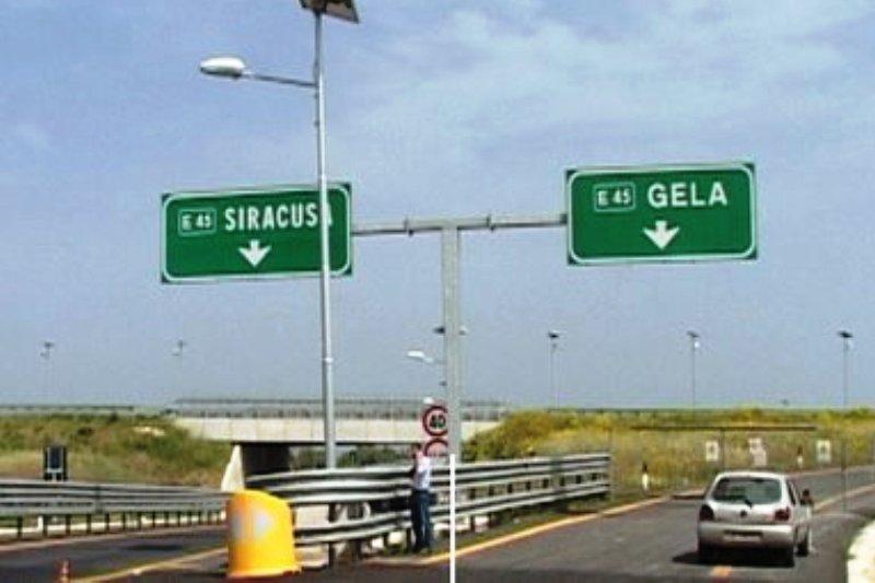 Mazzette sull'autostrada Siracusa-Gela, arrestato l'ex capo di segreteria di Crocetta