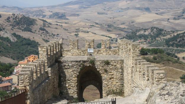 castello, enna, Sperlinga, Enna, Cultura