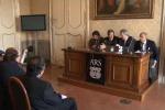 Il centrodestra contro Crocetta: prima il bilancio, poi il ddl Province
