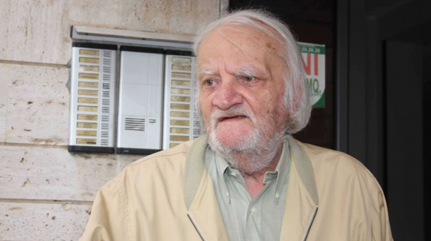 Bruno Contrada, Sicilia, Archivio