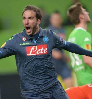 Juventus, è ufficiale: inizia l'era Higuain