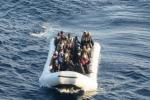 Nuova tragedia in mare: naufragio al largo della Libia, morti 20 migranti