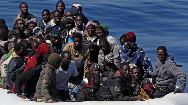 canale di sicilia, immigrazione, messina, soccorsi, Sicilia, Cronaca
