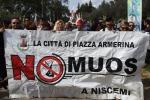 Sindaci e cittadini in marcia contro il Muos - Video