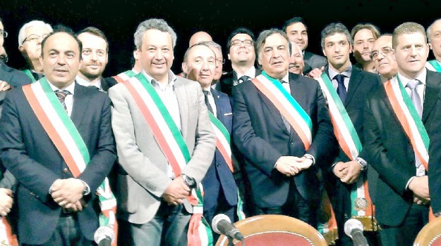 anci sicilia, Leoluca Orlando, Sicilia, Politica