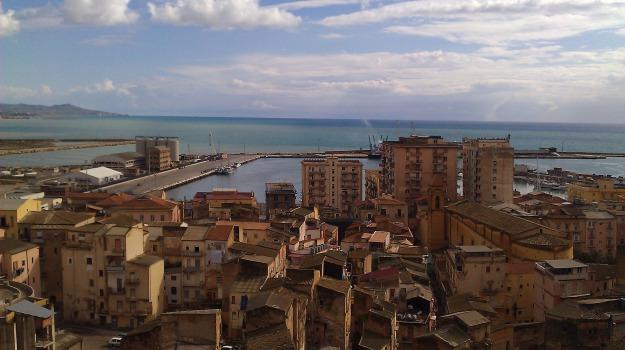 porto empedocle, PREFETTURA, sit in, Agrigento, Politica